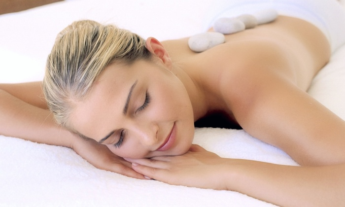 Qui Si Bella Spa - North State: Body Scrub and Massage, Hot-Stone Massage, or Organic Facial at Qui Si Bella Spa (Up to 56% Off)