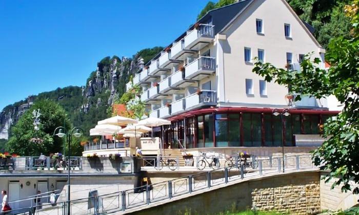Hotel Elbiente - Rathen: Sächsische Schweiz: 3 oder 4 Tage für Zwei mit Frühstück, Spa, WiFi und Parkplatz im 4* Hotel Elbiente