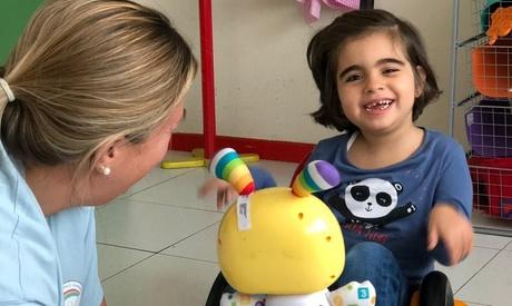 Dona 2 €, 5 € u 8 € para adaptar los aseos de Atenpace a niños con parálisis cerebral en colaboración con Atenpace