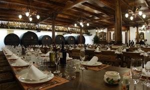 Asador 7 de Julio: Menú para 2 o 4 con entrantes, principal, postre, botella de vino y sidra ilimitada desde 44,90 € en Asador 7 de Julio