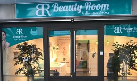 2 sesiones de manicura y/o pedicura spa para 1 persona desde 9,95 € en Beauty Room Alicante By Almudena Perera