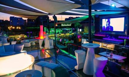 Menú para 2 con entrante, principal, postre, bebida o cocktail y opción a cachimba desde 34,99 € en Skyline Madrid