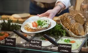 Café Justus: Brotzeit mit hausgemachten Aufstrichen und Brotsorten inkl. Kaffee und Sekt für Zwei im Café Justus (35% sparen*)