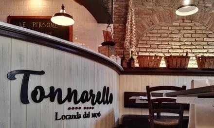 Menu romano rivisitato con bottiglia di vino al ristorante Tonnarello, nel cuore di Trastevere (sconto fino a 67%)