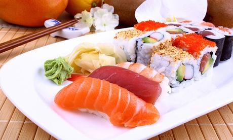 Menú japonés para dos personas con sopa miso, 22 piezas de sushi y bebida por 19,90 €