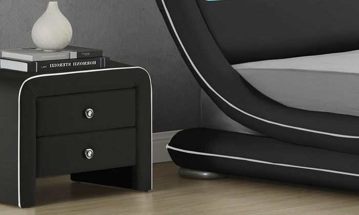 table de chevet moderne groupon. Black Bedroom Furniture Sets. Home Design Ideas
