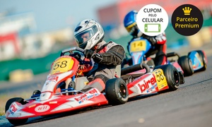 Pró-Kart: Pró-Kart – Farroupilha: 25 minutos de corrida de kart para 1, 5, 10 ou 15 pessoas