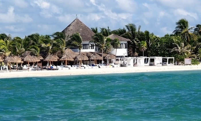 All-Inclusive Playa del Carmen Vacation from Vacation Express - Playa del Carmen, Mexico: 4- or 6-Night All-Inclusive Vacation with Airfare and Accommodations at Sandos Caracol Eco Resort & Spa in Mexico