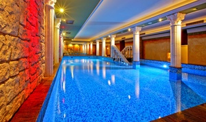Termy Rzymskie: Baseny, sauny, łaźnie, siłownia: relaks dla 2 osób za 104,99 zł i więcej w Termach Rzymskich w Pałacu Saturna (do -36%)