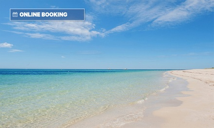 Margaret River, Dunsborough: 3 or 4 Nights for Four People with Wine and Late Check-Out at Bayshore Beachside Resort