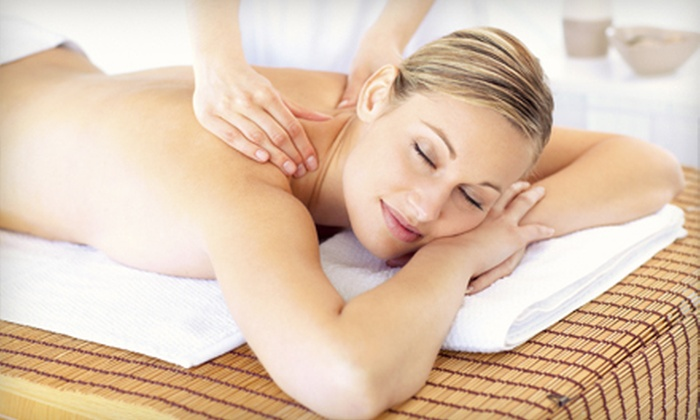 Hue Spa Detox Clinic - Willowdale: 60-Minute Detox Deep-Tissue Massage for One or Two at Hue Spa Detox Clinic (Up to 59% Off)