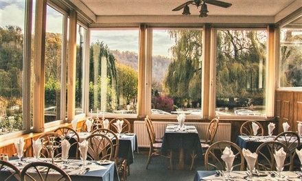 Wye Valley: 1 or 2 Nights for Two with Breakfast, Late CheckOut and Option for Dinner at The Paddocks Hotel