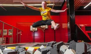 JumpWorld: Godzinne wejście do parku trampolin dla 2 osób od 30 zł w JumpWorld w Zabrzu (do -50%)