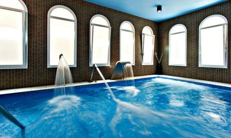 Caldes de Malavella: estancia para 2 con desayuno, spa y opción a media pensión en Hotel Balneario Vichy Catalán