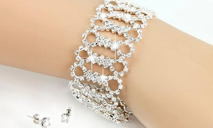 Parure, bracelet et boucles d'oreilles ornés de cristaux Swarovski®