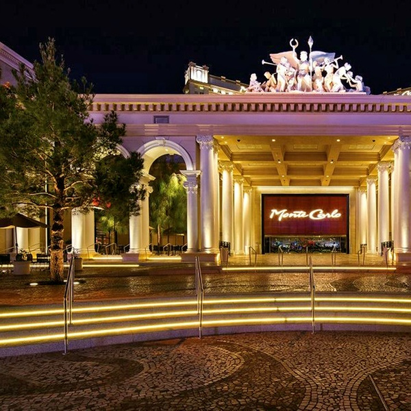 Monte Carlo Resort And Casino >> Monte Carlo Resort And Casino Las Vegas Nv