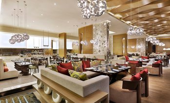 5* Buffet with Drinks: Child (AED 69) or Adult (AED 105)
