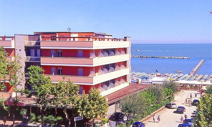 Hotel Regina - Cesenatico, Provincia di Forlì-Cesena   Groupon