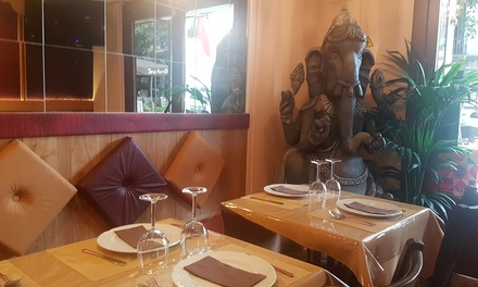 Menú indio para 2 o 4 personas con entrante, principal, acompañamiento, bebida y postre desde 19,99 € en Little Indian