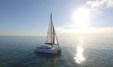 Sortie en catamaran de 2h ou 2h30 pour 2 personnes à La Rochelle dès 45 € avec Aldabra Yacht Charter