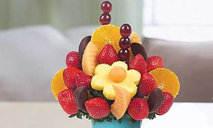 Edible Arrangements - Multiple Locations: $10 for $25 Worth of Fruit Bouquets and Chocolate-Dipped Fruit