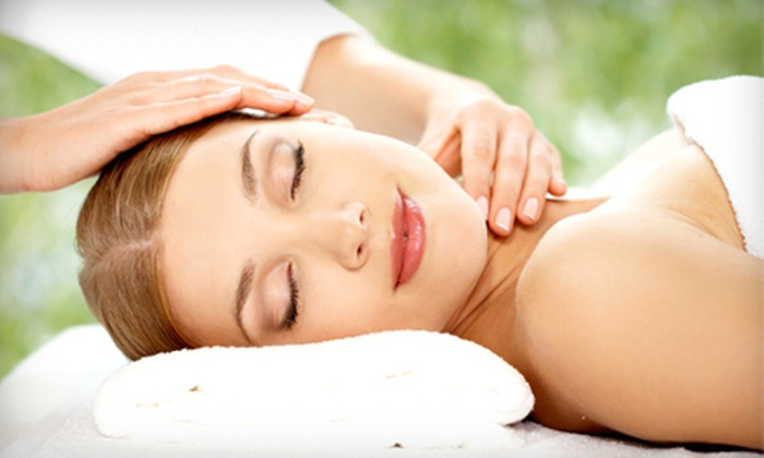 Southerland Chiropractic - Pearland: 60-Minute Swedish Massage for One or Two at Southerland Chiropractic in Pearland (Up to 61% Off)