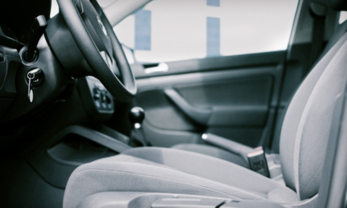 Luxury Detail - San Carlos: $69 for a Two-Hour Mini Detail on a Car, Truck, or SUV at Luxury Detail in San Carlos ($150 Value)