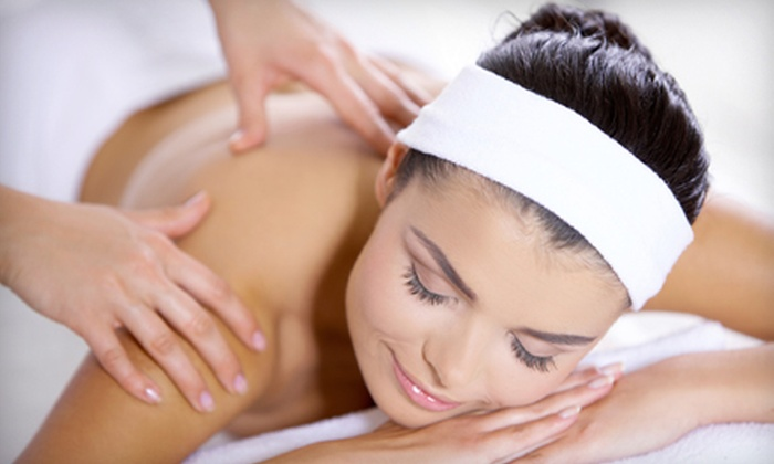 Keeney Healthcare Center - Sungate: $39 for First Three Visits Including One-Hour Massage, Exam, and X-rays at Keeney Healthcare Center (Up to $571 Value)