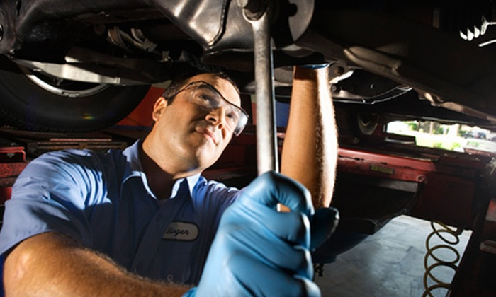 Rockwall Dodge Chrysler Jeep - Rockwall Lake Estates: $24 for a State Inspection, Oil Change, and Car Wash at Rockwall Dodge Chrysler Jeep ($56.45 Value)