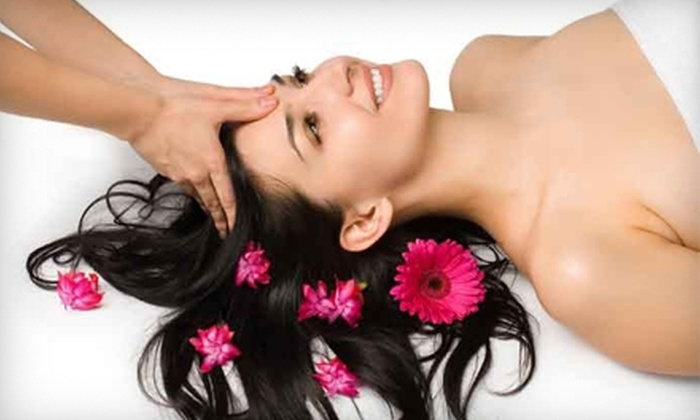HMH Wellness Center - Perrysburg: $89 for a Face-lift Massage, a Half-Hour Therapy-Massage Spa Package, and a Bottle of Cleanser at HMH Wellness Center (Up to $185 Value)