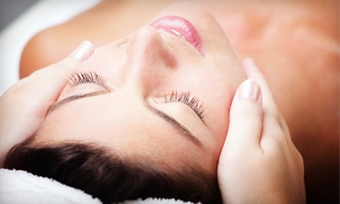 New Age Massage and Health Center - Davie: $35 for a 60-Minute Massage or Customized Facial at New Age Massage and Health Center in Davie (Up to $90 Value)