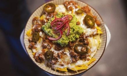 Menú de comida latina para 2 o 4 personas con entrante, plato principal, postre y bebida desde 19,95 € en Shilote