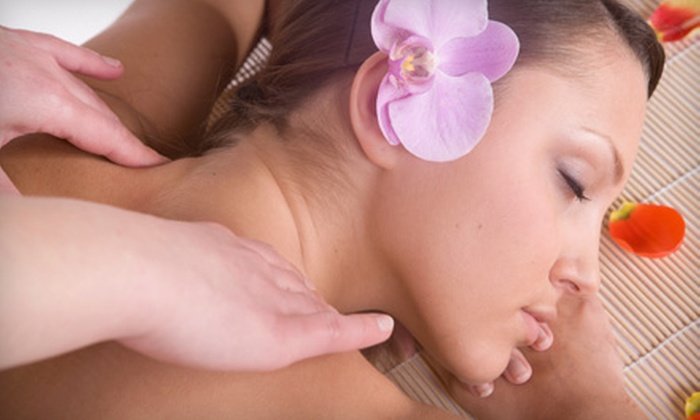 Jimmy Joseph Lux Spa - Glendale: $149 for Holiday Spa Gift Basket with Two-Hour Massage and Facial at Jimmy Joseph Lux Spa ($300 Value)