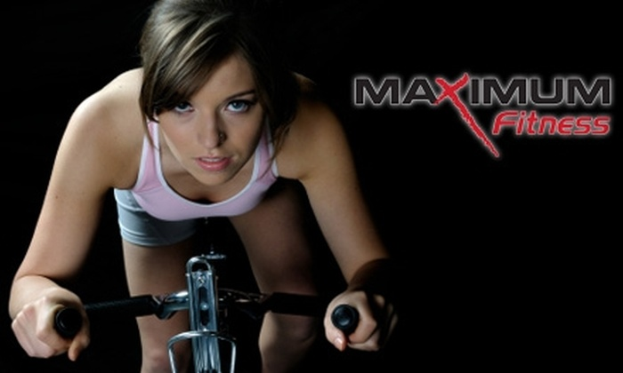 Maximum Fitness - Multiple Locations: $20 for a One-Month Membership to Maximum Fitness 24/7 or 24/7 X-Press Fitness (Up to $49 Value)