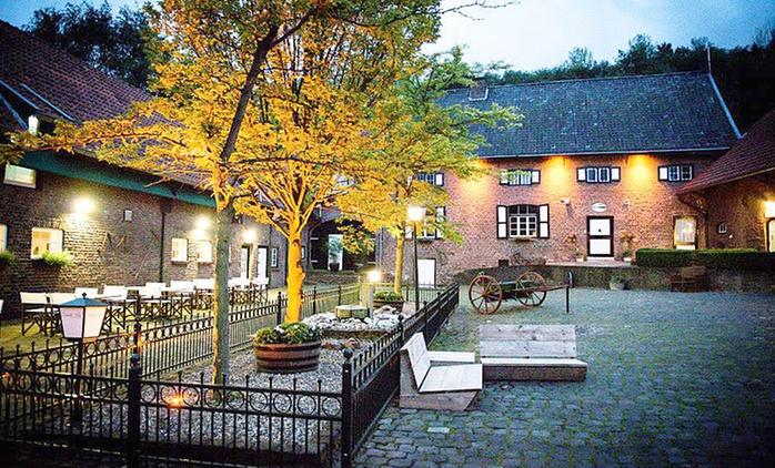 Südlimburg: 2-4 Tage für Zwei inkl. Frühstück und Romantik-Paket im Overste Hof