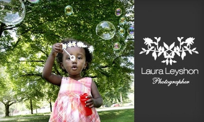 Laura Leyshon Photography - Vancouver: $75 for One-Hour Photo Shoot and Five High-Resolution Images from Laura Leyshon Photography ($500 Value)