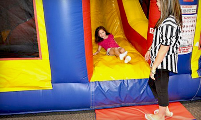 Screamin' Parties of Paramus - Paramus: $29 for Five Open-Bounce Visits with Pizza and Juice to Screamin' Parties of Paramus ($75 Value)