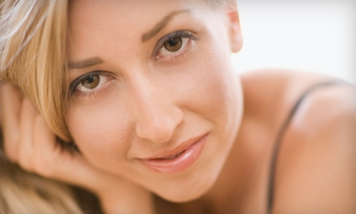 Powder Room - Riverside Heights: $40 for a Basic Facial at the Powder Room ($85 Value)