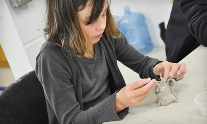 Clay Space - Whiteaker: $12 for a One-Hour Clay Tasters Class at Clay Space ($25 Value). Three Classes Available.