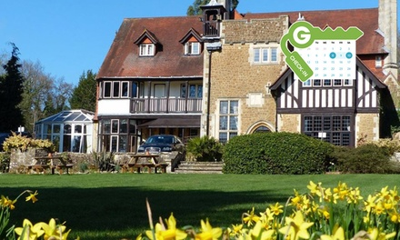 Surrey: Double or Twin Room for Two with Breakfast and £10 Food Voucher Each at Farnham House Hotel