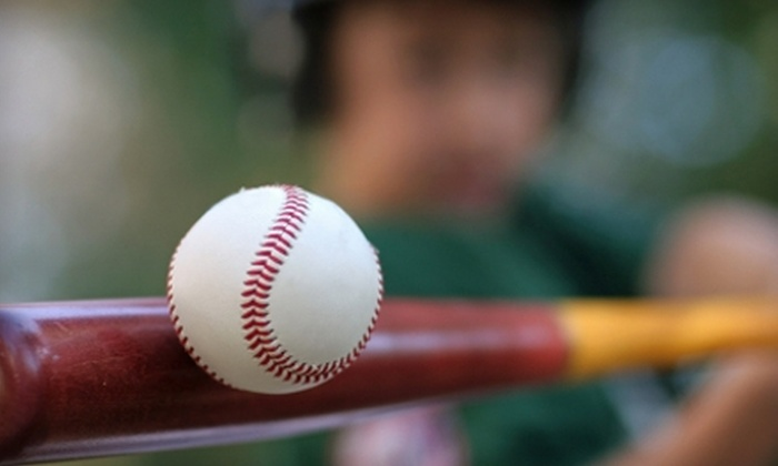 Extra Innings Bakersfield - Bakersfield: $10 for 30 Minutes of Unlimited Hitting at Extra Innings Bakersfield ($20 Value)