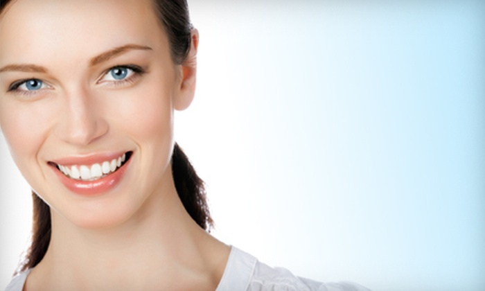 TrueWhite Whitening Systems: $49 for an At-Home Teeth-Whitening Kit from TrueWhite Whitening Systems ($199 Value)