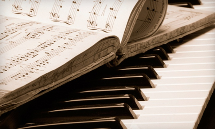 Tickle the Ivories - Van Ness Extension: Four or Eight 30-Minute Piano Lessons at Tickle the Ivories (Up to 51% Off)