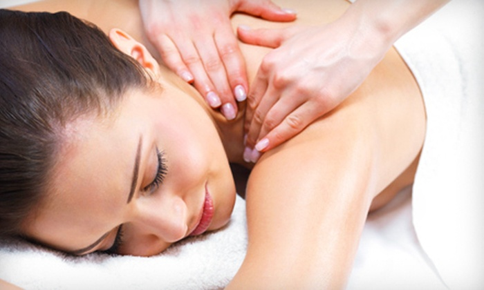 Unihealth Group - Multiple Locations: $29 for Two 60-Minute Acupressure Massages at Unihealth Group ($150 Value). 10 Locations Available.