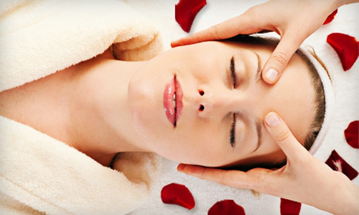 Facial Boutique and Wellness Spa - Thousand Oaks: $39 for a 50-Minute Chocolate-and-Strawberry Facial at Facial Boutique and Wellness Spa in Thousand Oaks ($125 Value)