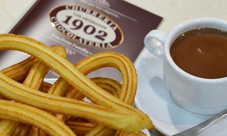 2 tazas de chocolate con 10 churros y opción a kit navideño desde 6,95 € en Los Artesanos 1902