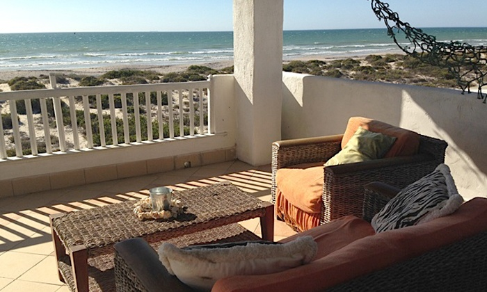 Escape Beach Cottage - Dwarskersbos: West Coast: Accommodation For Up to Six People at Escape Beach Cottage