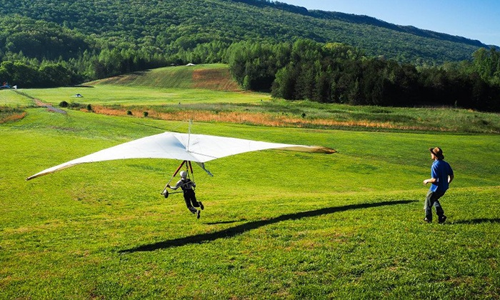 Lookout Mountain Flight Park - Rising Fawn: Half-Day Hang-Gliding Experience at Lookout Mountain Flight Park (50% Off)