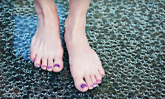 Pretty Woman Salon and Spa - Oakville: $35 for a Spa Mani-Pedi at Pretty Woman Salon and Spa in Oakville ($70 Value)