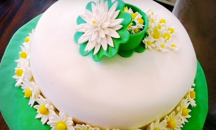 Bianca's Designs - McDonough: $20 for Admission for Two to an Introductory Cake-Designing Class at Bianca's Designs in McDonough ($40 Value)